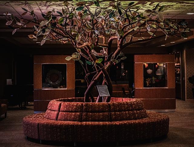 Tree%20in%20Lobby-3
